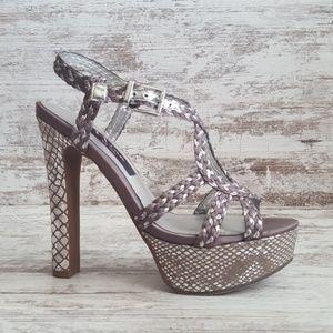 🔴Like New Nina Silver Gray Snakeskin